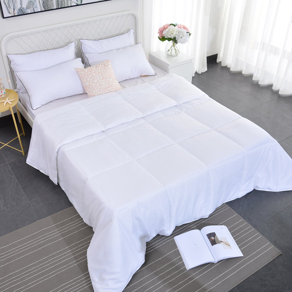 Ancaixin Spring Lightweight Queen Comforter Down Alternative Lightweight Washable Duvet Set Blanket Quilt Insert with Corner Duvet Tabs for Spring Autumn Winter White-Cloud Queen Size
