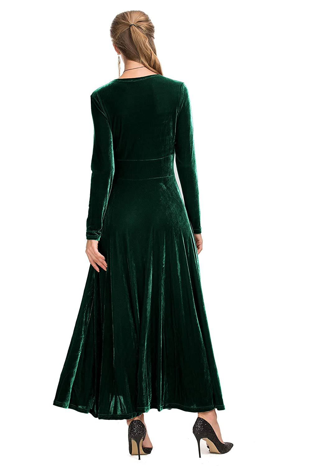 5e28e91514 Le Vonfort Women s Vintage Velvet Scoop Neck Vneck Long Sleeve Swing A Line  Maxi Dress at Amazon Women s Clothing store