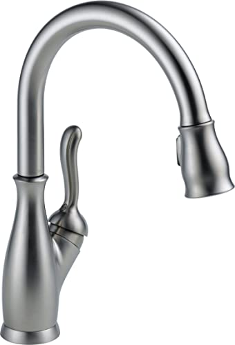 Delta Faucet 9178-AR-DST Leland Single Handle Pull-Down Kitchen Faucet with Magnetic Docking, Arctic Stainless