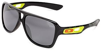 oakley dispatch 2 sunglasses polished black black iridium size rh amazon co uk