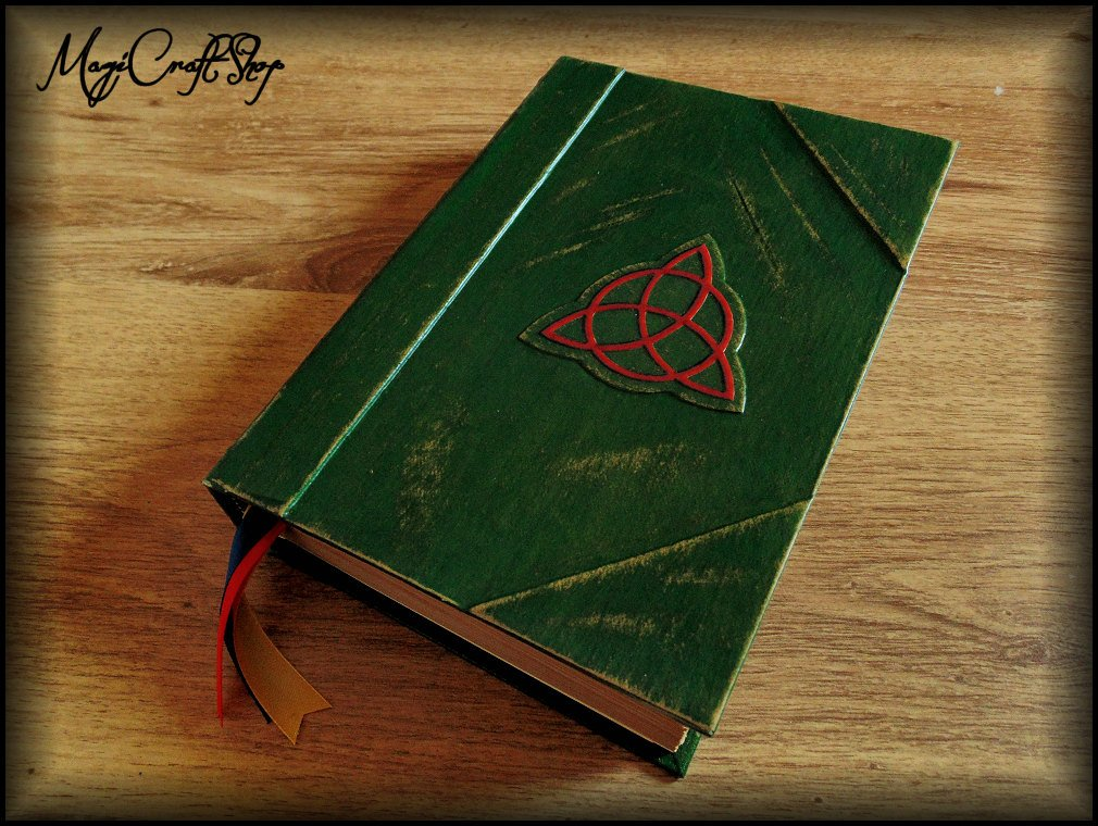 Charmed Book of Shadows with ORIGINAL PAGES in english - Medium size 22x16 cm