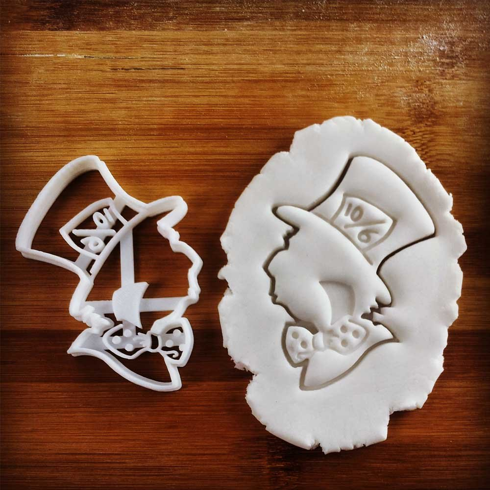 FULL SET of 4 Characters Cookie Cutters inspired by ''Alice's Adventures in Wonderland'' novel by Lewis Carroll, 4 pcs, Includes Alice, Mad Hatter, Cheshire, and White Rabbit characters by Bespoked Curations (Image #5)