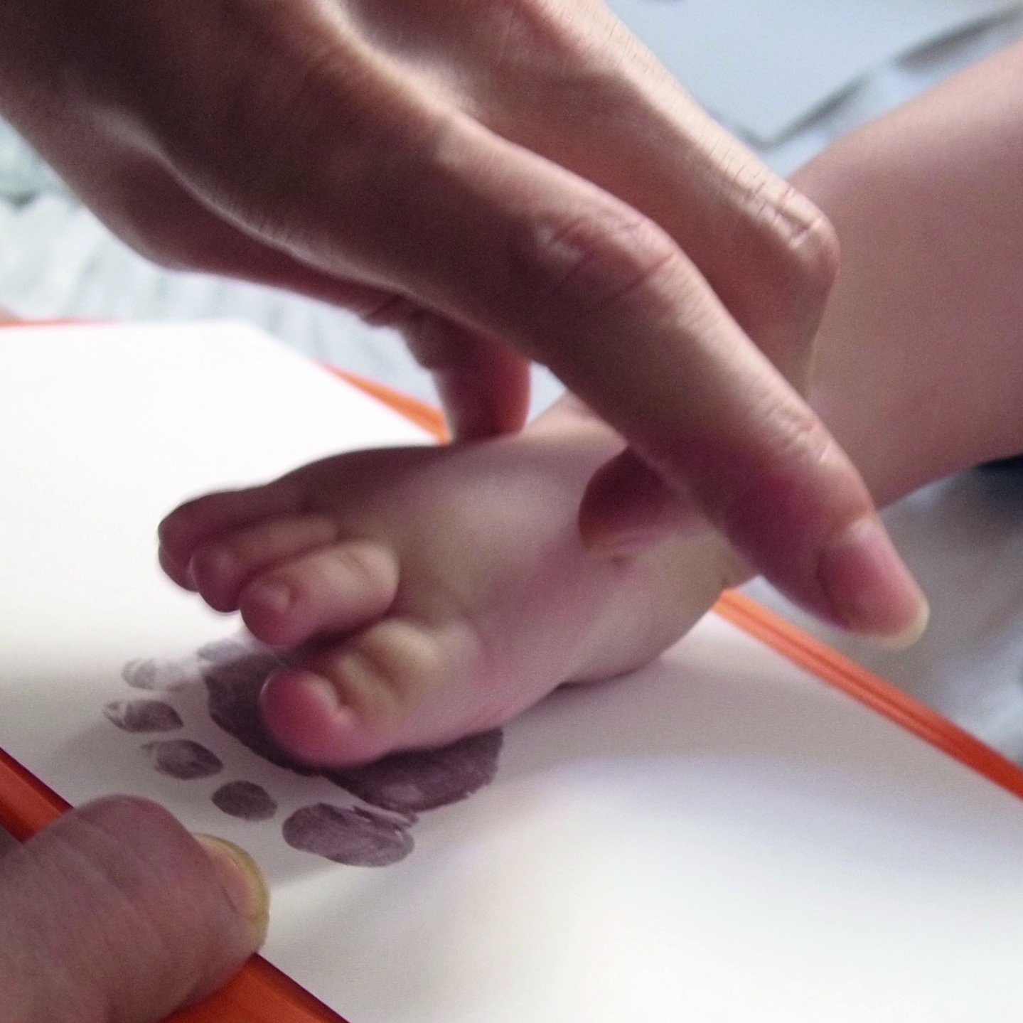ohne Farbe 14 x 10,5 cm - von Babys 1st Step ohne Gips 6 Stk. MAGISCHES BABY ABDRUCKSET ca. A6 direkt auf beschichtetem Papier