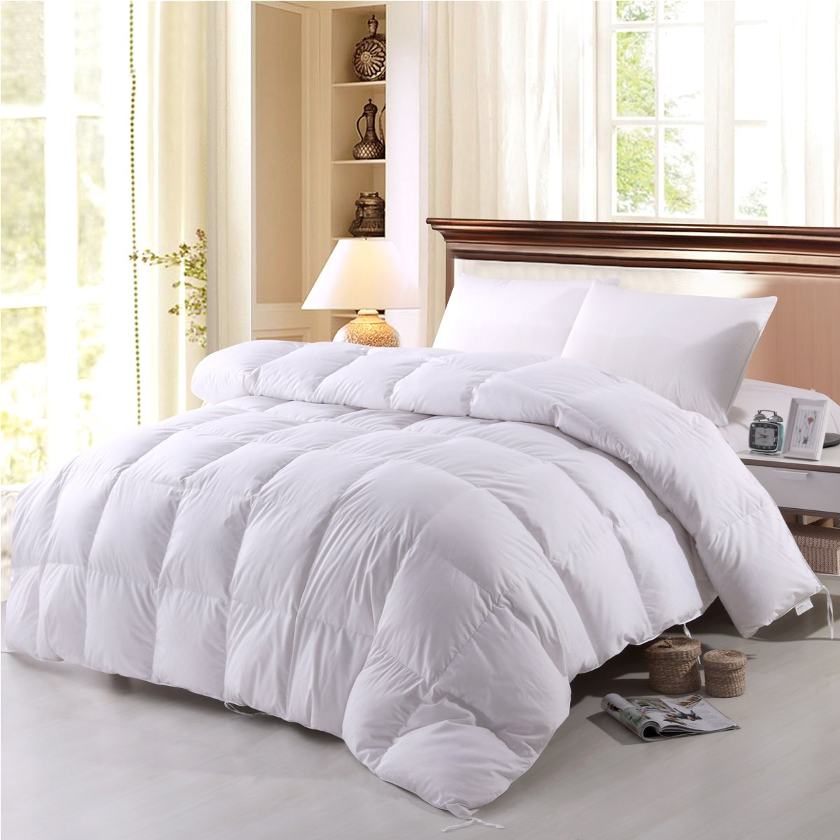 Topsleepy White Goose Down Comforter Queen Size,Cotton Shell with Corner Tabs, 750 Fill Power,Box Stitched Bedding Comforter,Lightweight, Hypo-Allergenic (Queen Size 88-by-88 inch)