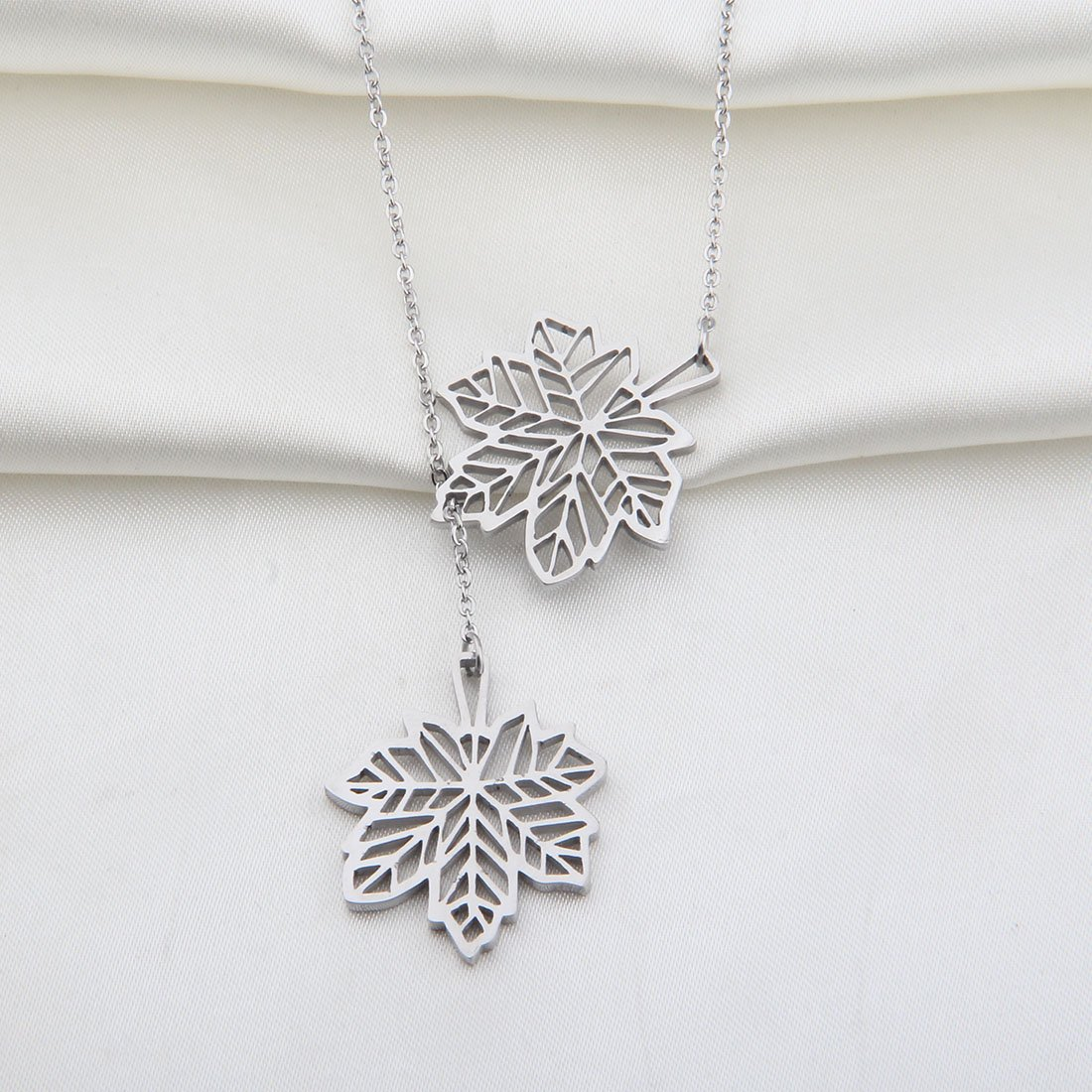 maple organic snob necklace product seed leaf