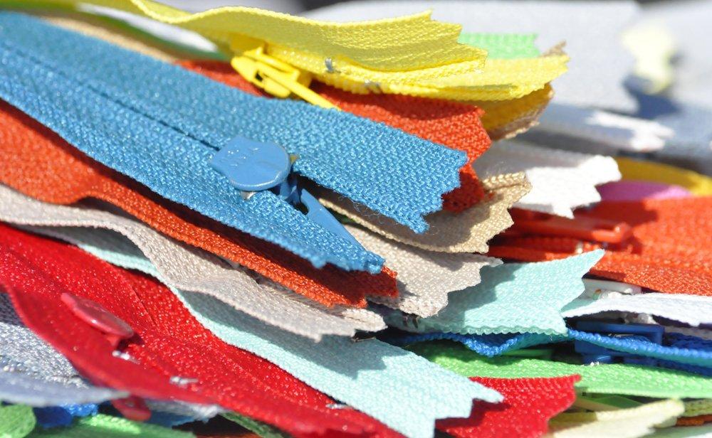 5\ BRIGHT YKK Zippers #3 Skirt & Dress - Assortment of Colors (10 Zippers / Pack) Bright Assortment of Colors