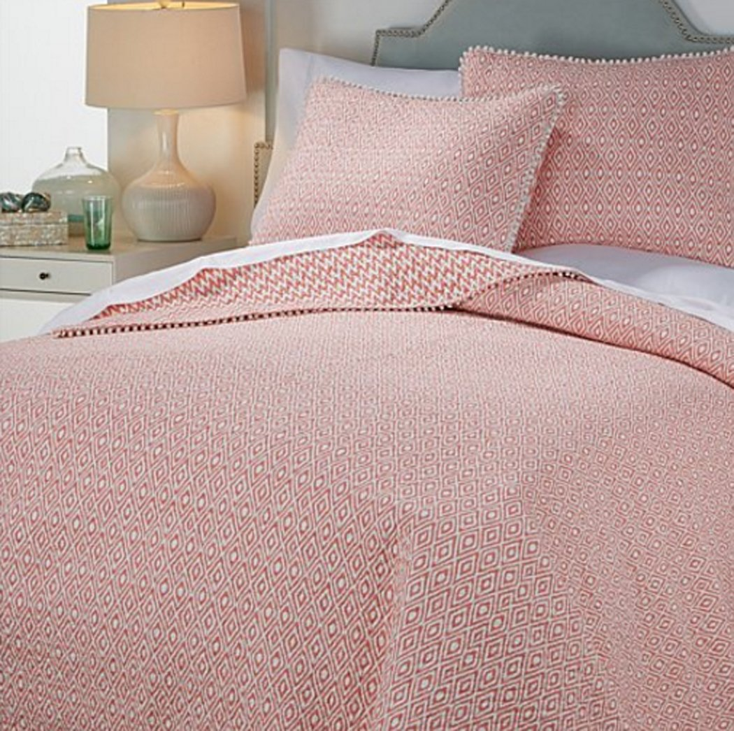 India Hicks Coast to Coast Reversible 3-piece Quilt Set ~ Coral (Full/Queen)
