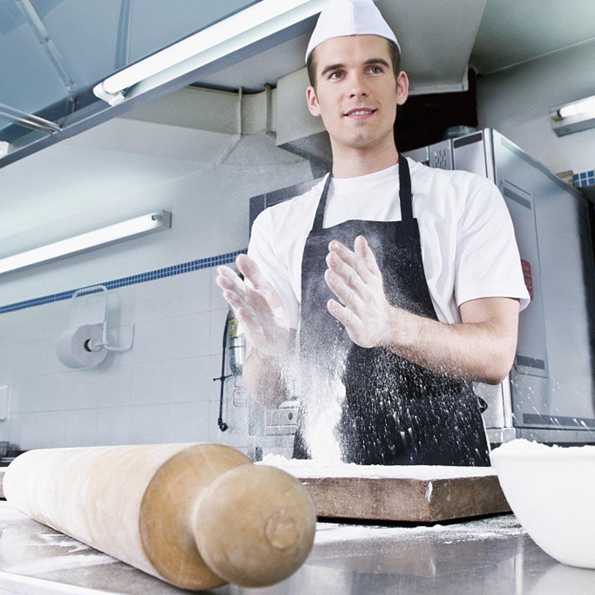 Jespekerere Apron with Pockets Black Cooking Bib Apron for Chefs Men Women on Kitchen Studio Restaurant 1 PCS 60x70CM (23.6 x 27.6 inch)