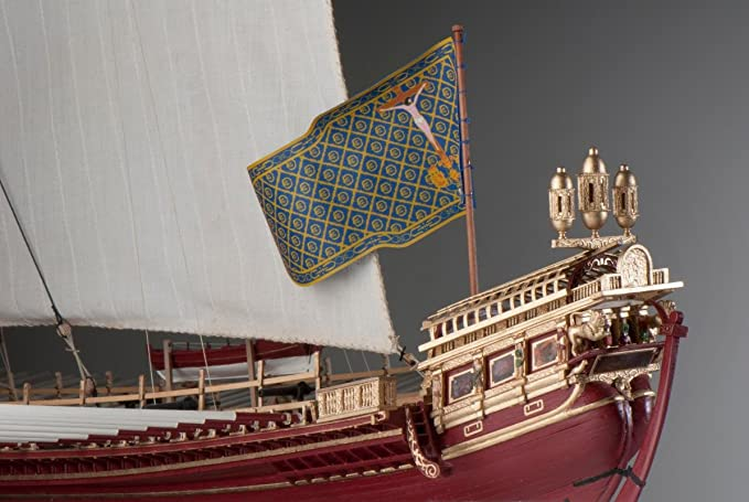 DUSEK La Real Flagship of Holly League During The Battle of Lepanto in 1571. Scale: 1/72 Length: 795mm, Width: 380mm, Height: 640mm Code 015: Amazon.es: Juguetes y juegos
