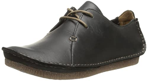 69caed8aac3ef6 Clarks Women s Janey Mae Oxford  Amazon.ca  Shoes   Handbags