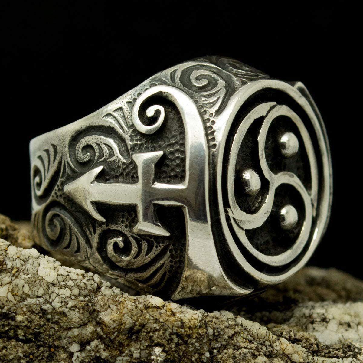 Bdsm triskele Bdsm pendant