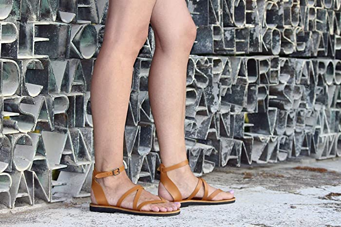 16415ede06c72 Amazon.com  Classic Leather Sandals Ankle Strap