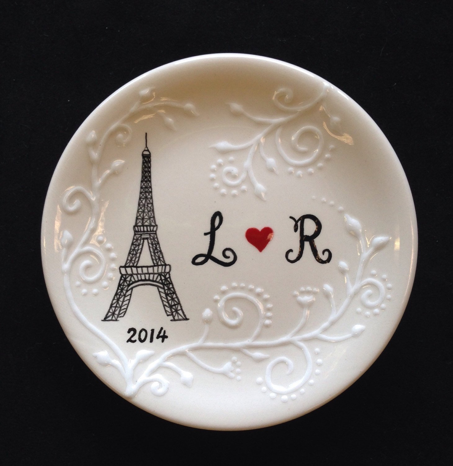 Eiffel Tower Ring dish, Engagement gift, Wedding gift , Valentine's day gift, Paris ring holder