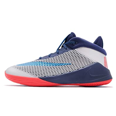 269133e0fc5a Nike Boy s Future Flight Basketball Shoe