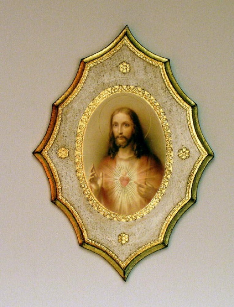 Sacred Heart of Jesus Florentine plaque with white and gold trim, 7.5 x 10inches. Made in Italy