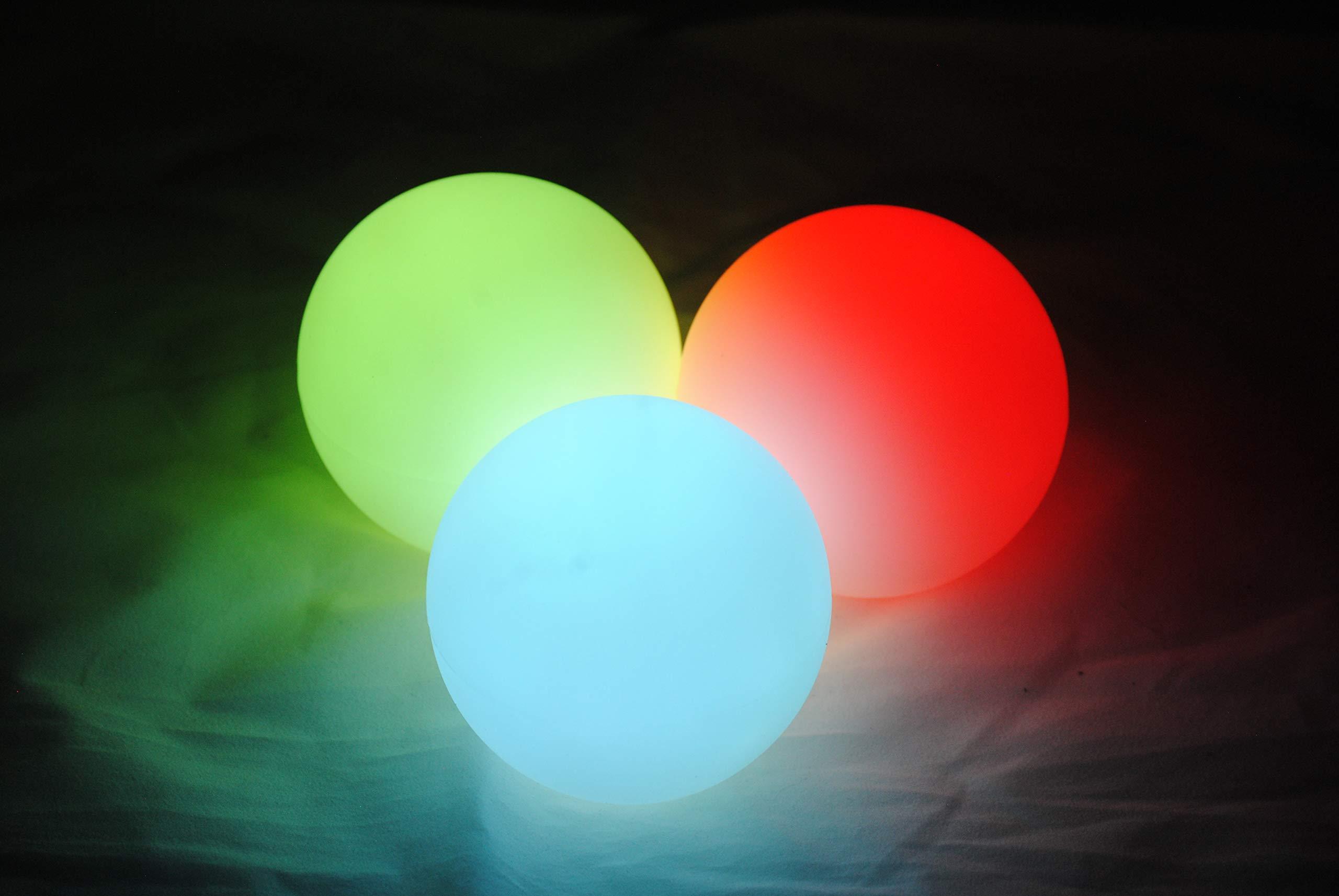 Higgins Brothers Luster LED Light-Up Juggling Balls (Multi-Color Strobe) by Higgins Brothers (Image #3)