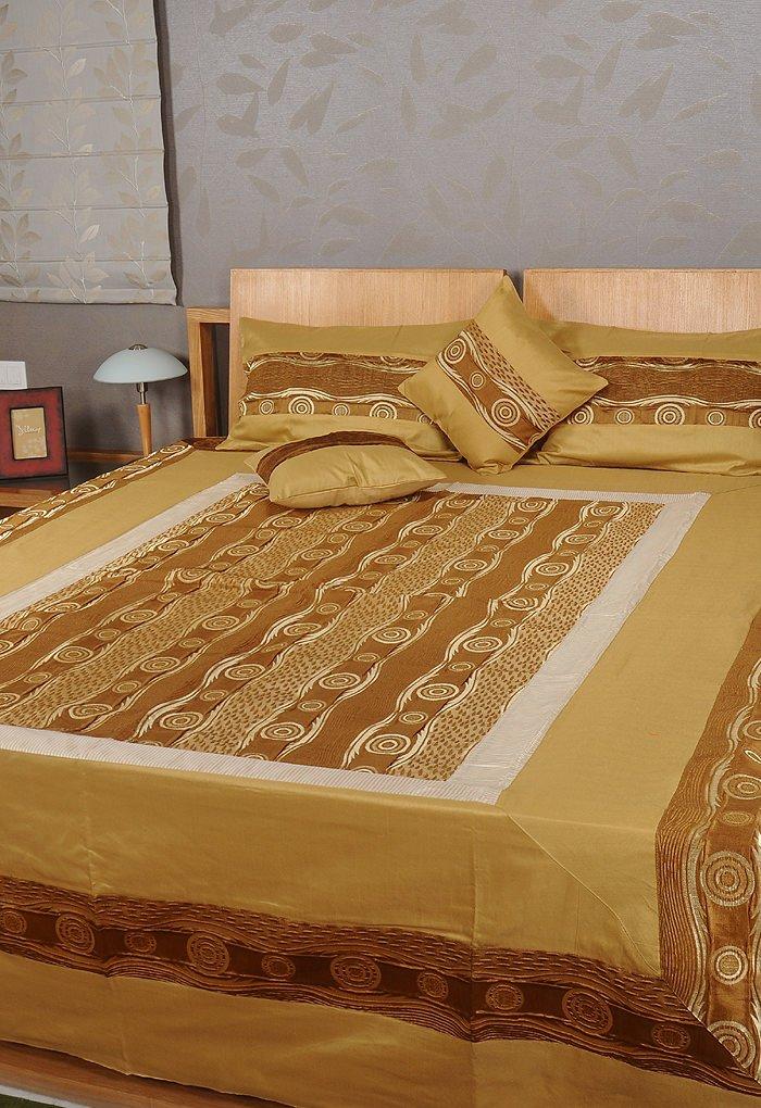 Rajrang Handarbeit Tagesdecke Polydupion Golden Circles Doppelzimmer Bettlaken