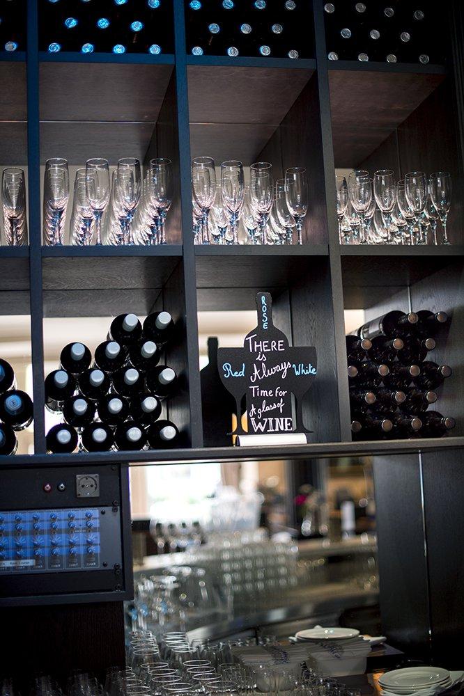 Securit Silhouette Wine Chalk Board, Melamine Resin, Black Vermes FBTA-WINE