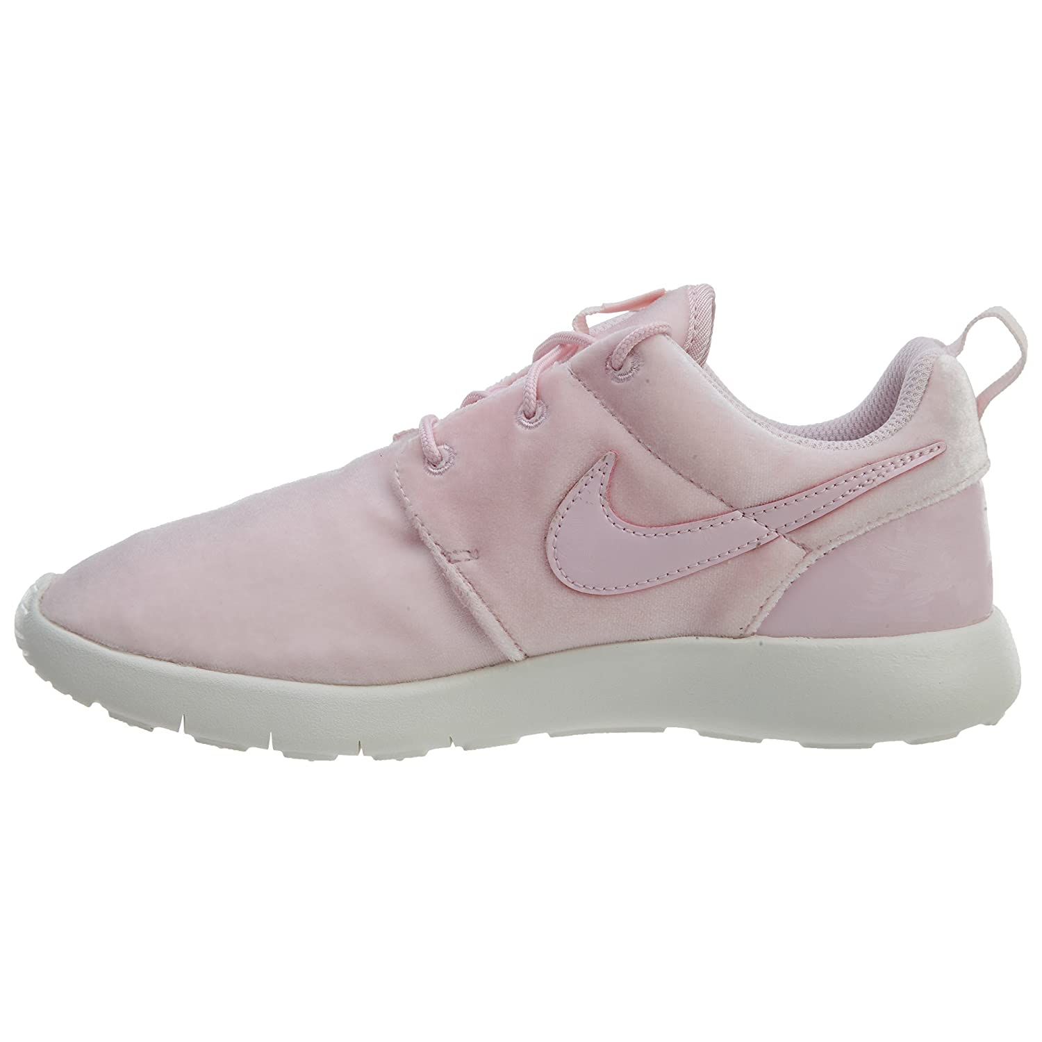 best service f8a16 2abca Nike Girl's Roshe One Running Shoe (PS)