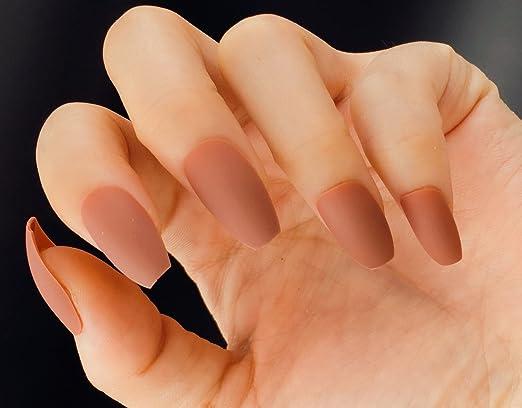 YUNAI Uñas postizas Forma de ataúd marrón Mate Uñas artificiales Consejos para uñas 24pcs/set: Amazon.es: Belleza