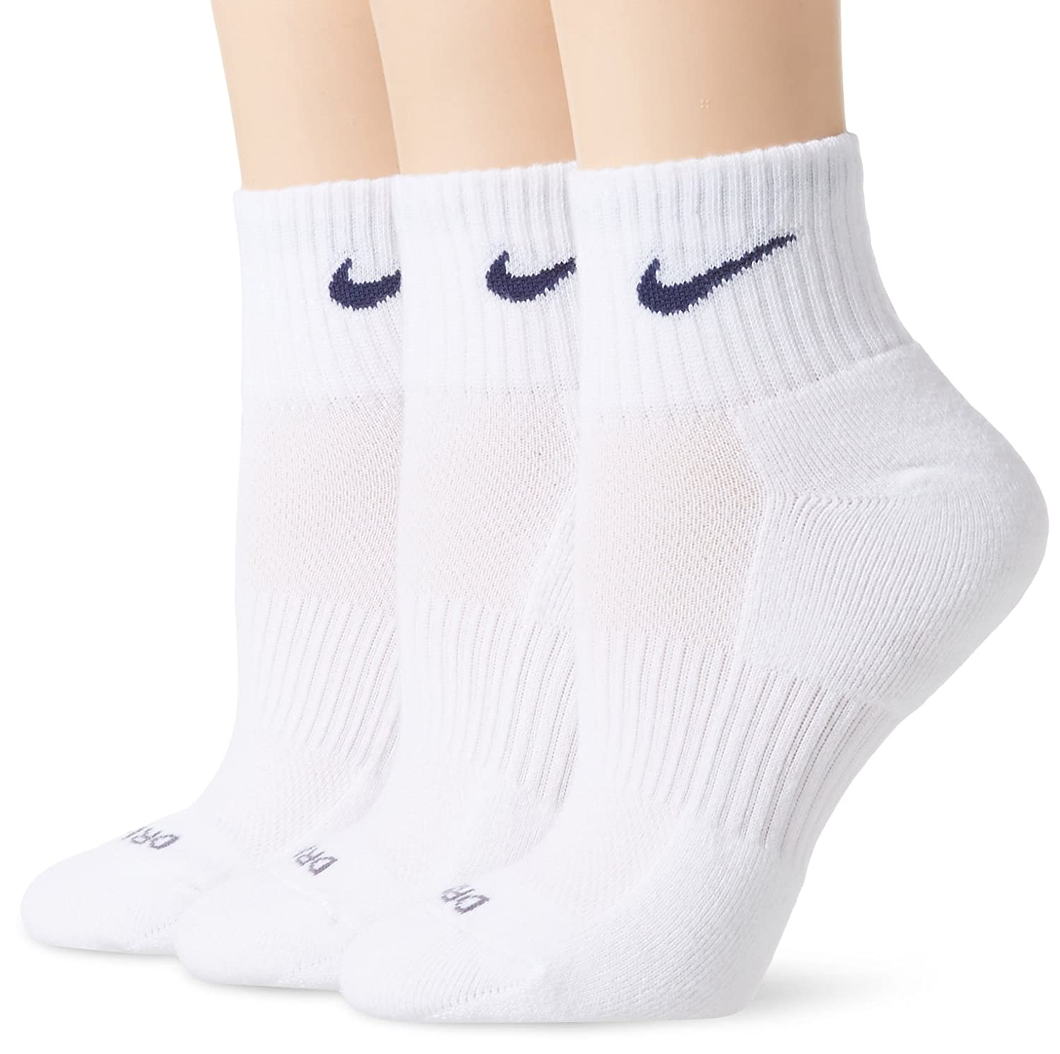 52afe9779 Amazon.com : Nike Dri-Fit Quarter Socks (Large), White : Athletic Socks :  Clothing