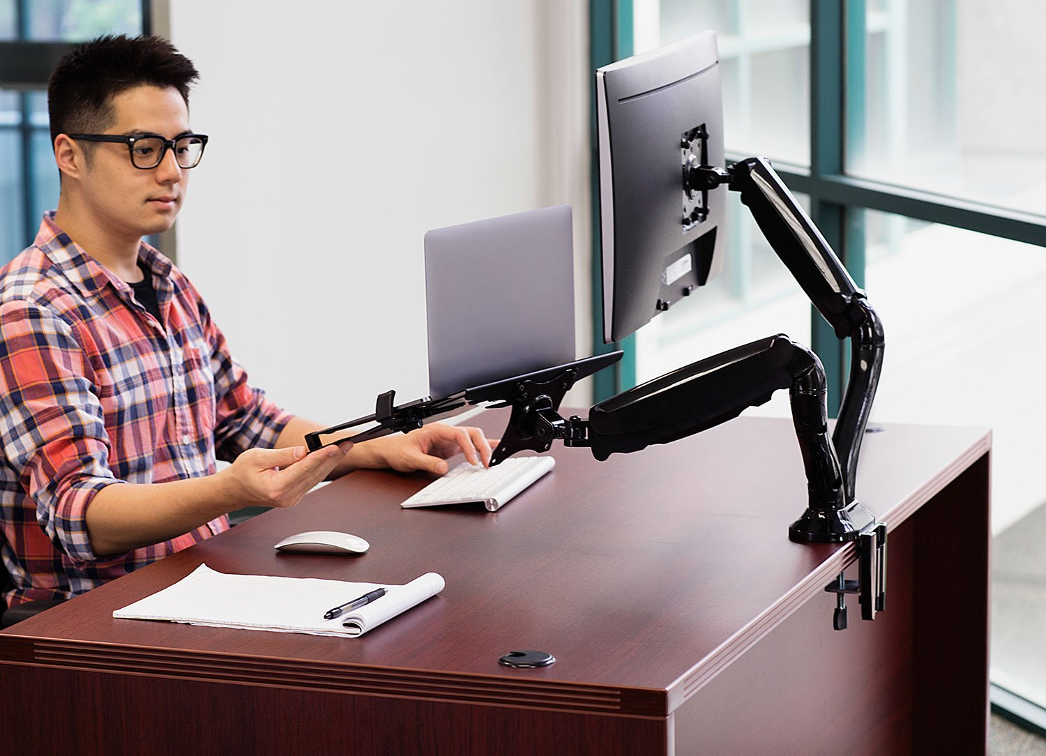 Mount-It! Laptop Desk Stand and Monitor Mount, Full Motion Monitor and Laptop Arm, Fits up to 15.6 Inch Notebooks, VESA 75, 100 Compatible with 22, 23, 24, 27, 32 inch Screens, 13.2 Lbs Per Arm by Mount-It! (Image #3)
