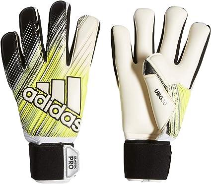 Aprendizaje Departamento Del Sur  Amazon.com : adidas Classic Pro Fingersave Goalkeeper Gloves : Sports &  Outdoors