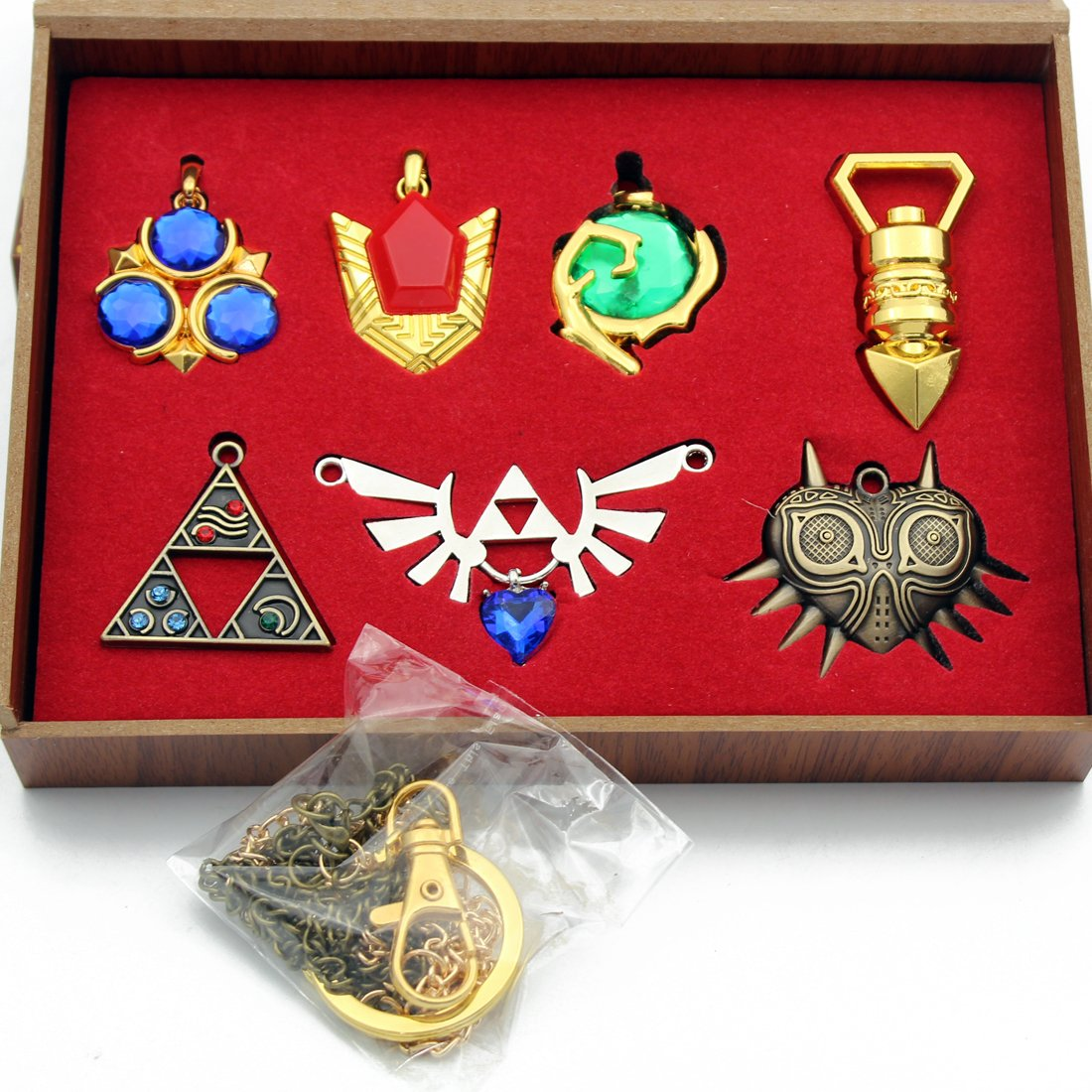 The Legend of Zelda Twilight Princess & Hylian Shield & Master Sword finest collection sets keychain / necklace / jewelry series CHAOZI0