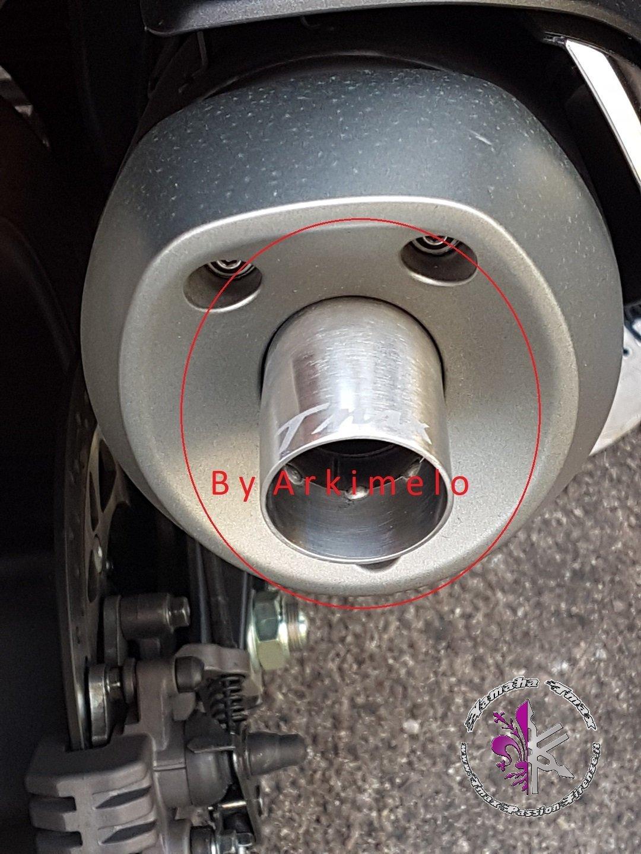 Beccuccio Modello Eco con incisione per marmitta Tmax 530 dal 2017 al 2019 tromboncino per tubo di scarico exhaust Spout