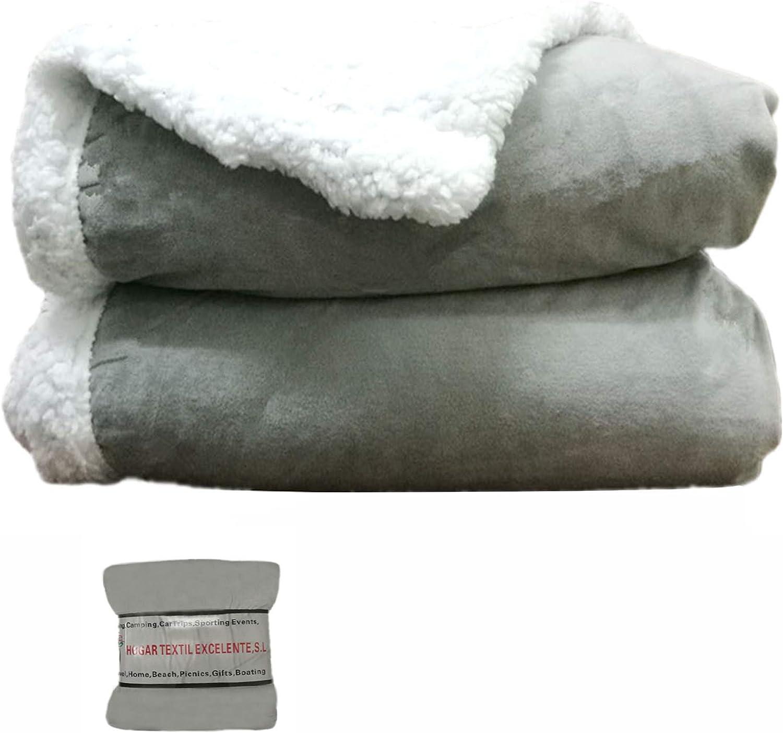 HTE Manta de Doble Cara para sofá y Cama de Tela Sherpa y Microfibra Caliente y Suave (Gris, 130 x 160 cm)