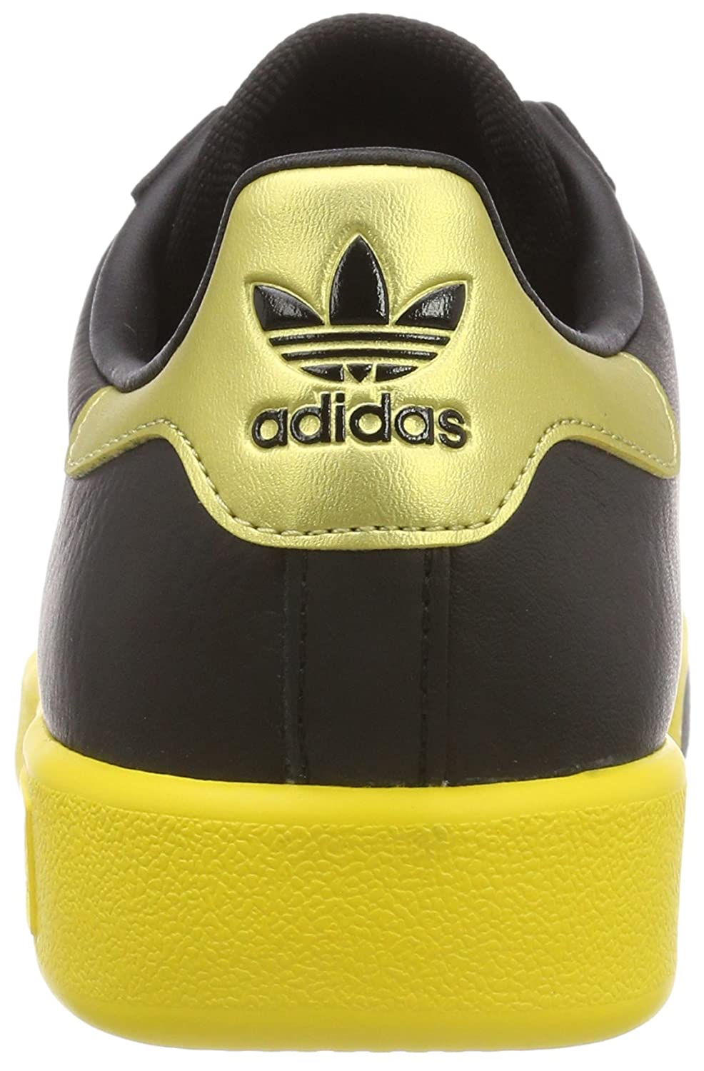 3c38840baa2ba7 adidas Men s Forest Hills Low-Top Sneakers  Amazon.co.uk  Shoes   Bags