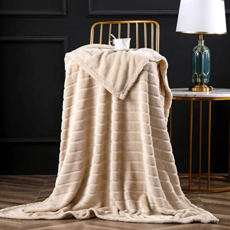 Stripes Design Super Soft Warm Cozy Plush Fleece Bed Blanket Extra Comfortable