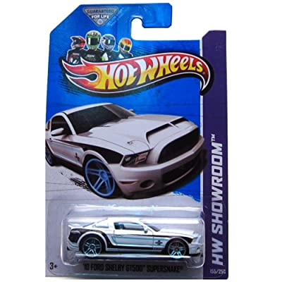 Hot Wheels HW Showroom 155/250 White '10 Ford Shelby GT500 Supersnake: Toys & Games