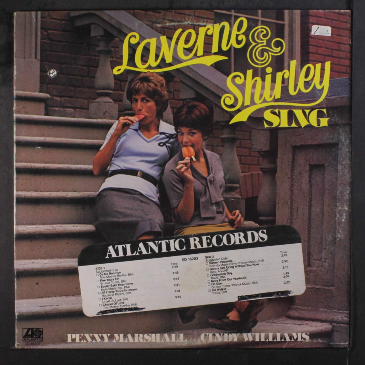 laverne & shirley sing: PENNY MARSHALL & CINDY WILLIAMS ...