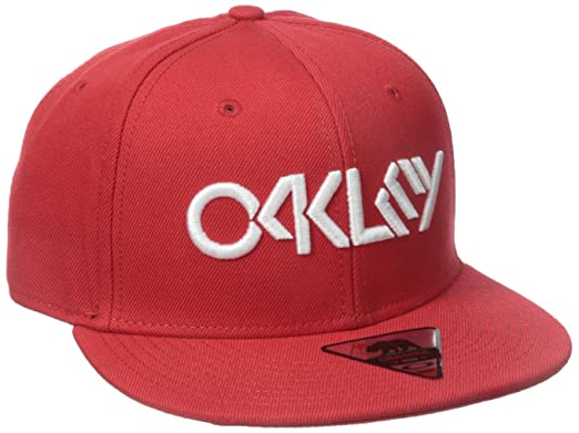 27030fcc823 Amazon.com  Oakley Mens Octane Adjustable Hat One Size Red Line ...