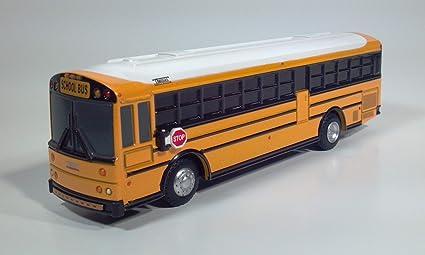 Amazon com: Thomas Saf-T-Liner HDX School Bus (Yellow/White): Toys