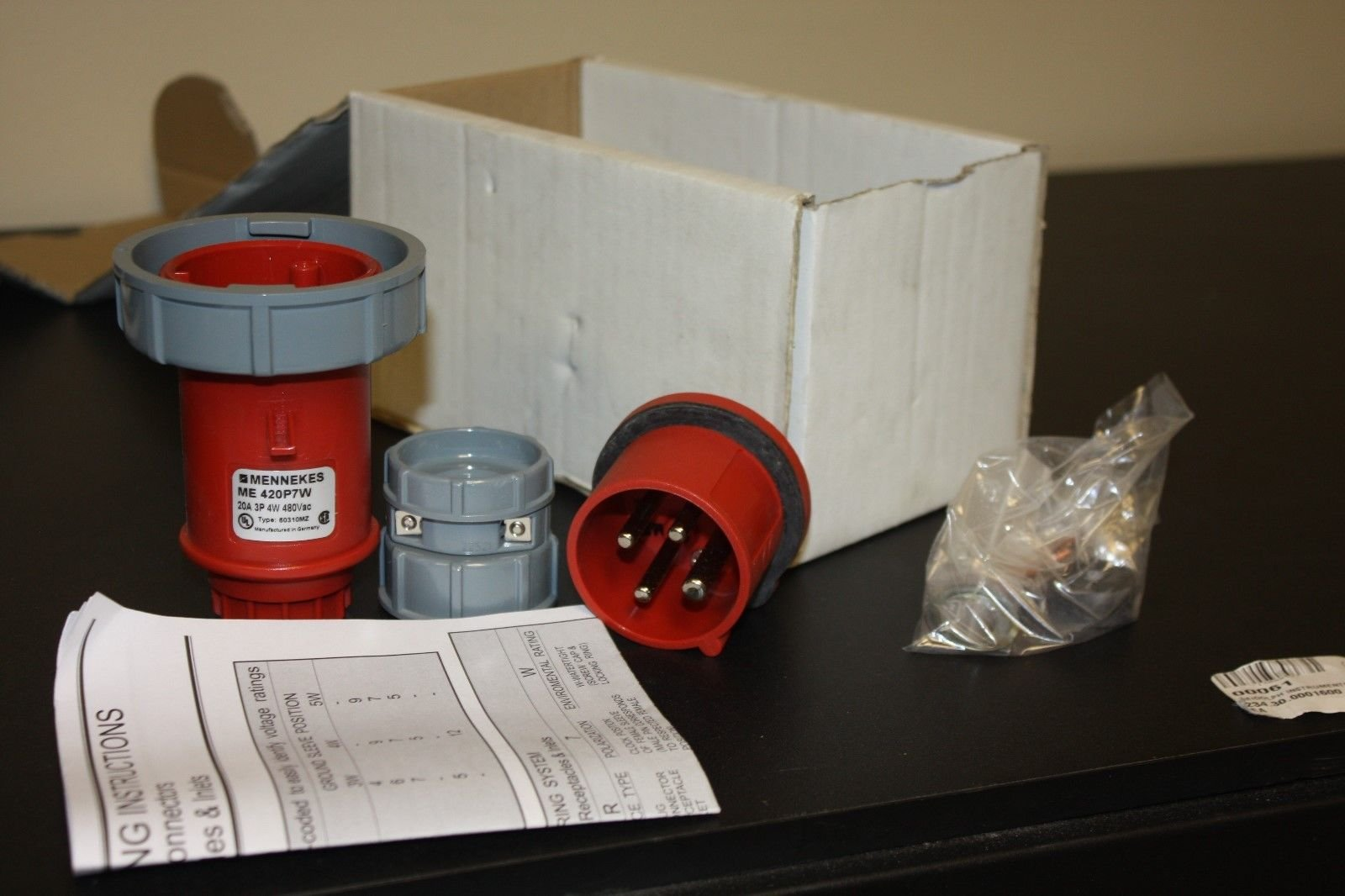 NEW MENNEKES 20A 4W 480 VAC PLUG WT WIRING DEVICE ME-420P7W ELECTRICAL by MENNEKES