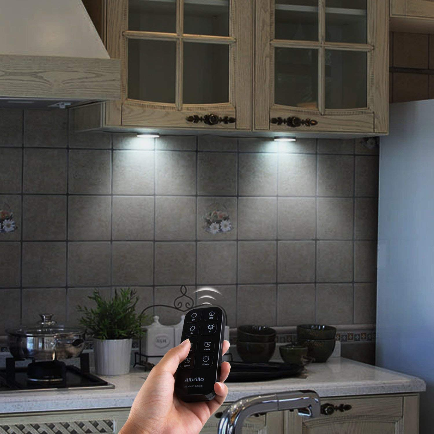 Albrillo LED Puck Lighting Remote Control Warm White 3000K Kitchen Under Counter Lights Dimmable Under Cabinet Lights 3 Pack