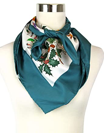 322c35858b3 Gucci Women s Floral Scarf Green Large Silk Scarf With Trim 022796 4409 at  Amazon Women s Clothing store