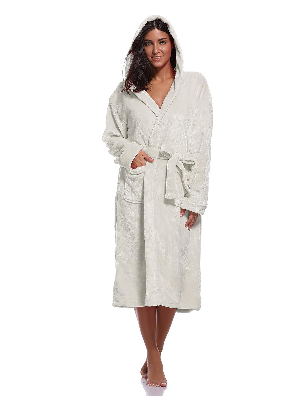 Amazon.com  Luvrobes Women s Plush Fleece Hooded Robe Ultra-Soft Long  Bathrobe  Clothing ca52d95e0