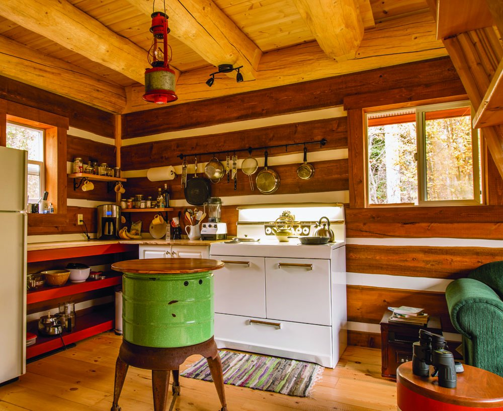 tiny house living ideas for building and living well in less than tiny house living ideas for building and living well in less than 400 square feet ryan mitchell 0884955198384 amazon com books