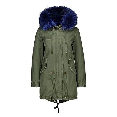Mantel mit farbigen fell