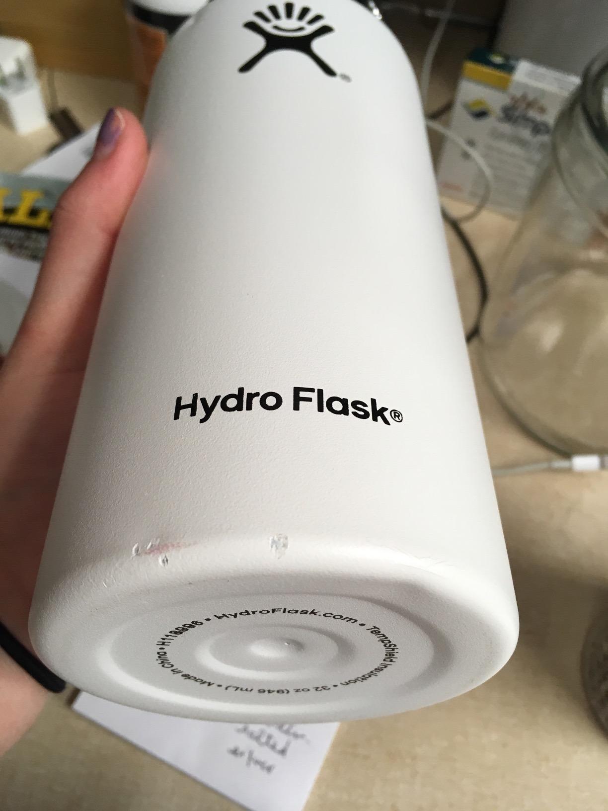 Hydro Flask W32TS415 Mouth 32 oz  Wide Water Bottle, 946 ml, Pacific