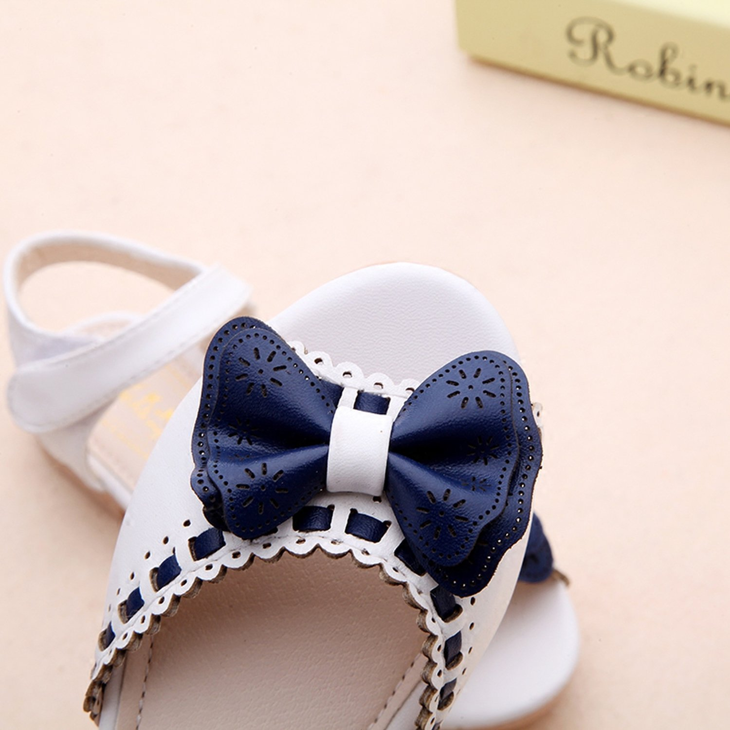 1ed973392 Amazon.com   Romance-and-Beauty Girl Open Toe Sandals 2018 New Children  Sandals Summer Kids Sandals Cute Butterfly Tie Design Princess Shoes Girls  Bow Tie ...
