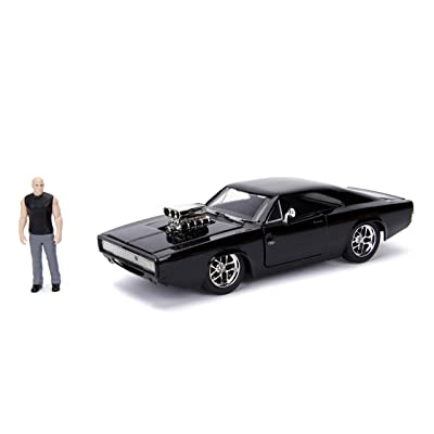 "JADA Toys Fast & Furious Dom & Dodge Charger R/T, 1: 24 Scale Black Die-Cast Car with 2.75"" Die-Cast Figure: Toys & Games"