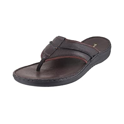724efe0244a Metro Men Black Leather Sandals (49-8924)  Buy Online at Low Prices in India  - Amazon.in