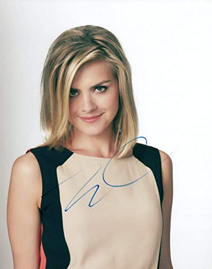 Eliza Coupe Signed Autographed 8x10 Photo Future Man Scrubs Hot