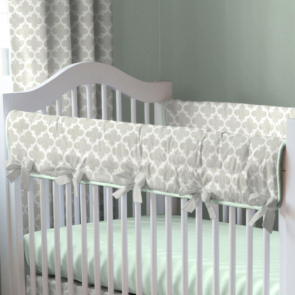 Carousel Designs French Gray and Mint Quatrefoil Crib Rail Cover by Carousel Designs