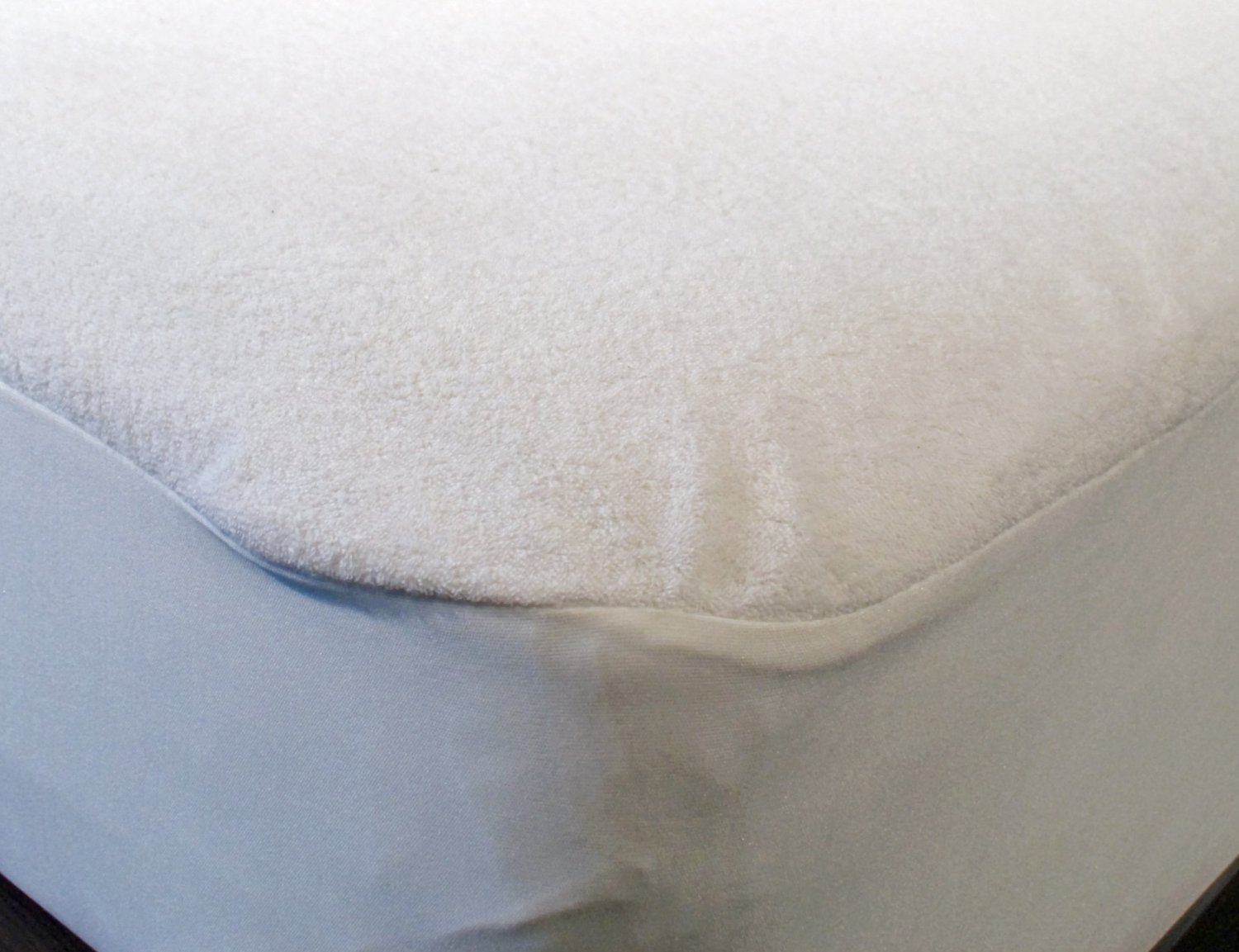 College Dorm Terry 100% Cotton Waterproof Mattress Protector,twin Extra Long, by Gilbin