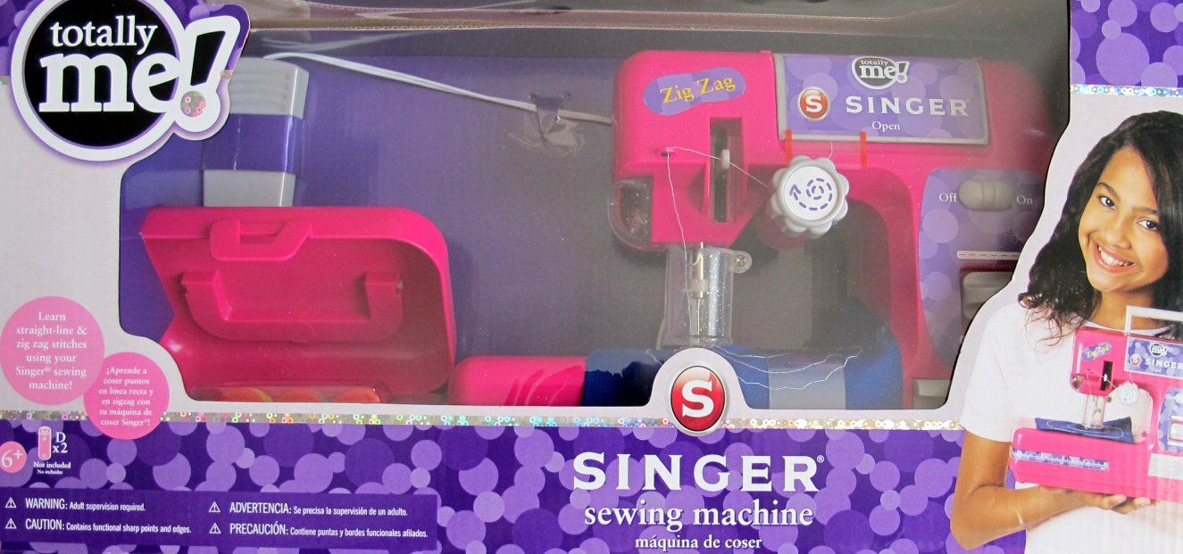 Amazon.com: Totally Me! Child Size Singer Sewing Machine w Accessories - Zig Zag & Straig: Toys & Games
